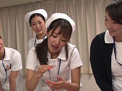 【ナース×フェラ抜き】『わぁー濃いのが出ましたね♡』口淫での精液採取の研修で患者二名をそれぞれ口内射精に導く