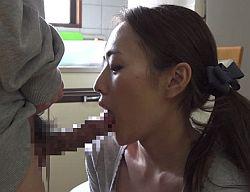 【人妻×連続フェラ抜き】『おばさん…また出ちゃうよ!』勃起薬を飲ませた近所の童貞が二回も口内射精